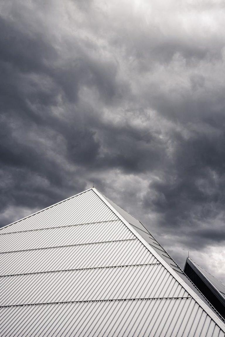 Jaki rodzaj dachówki wybrać na nasz dach?