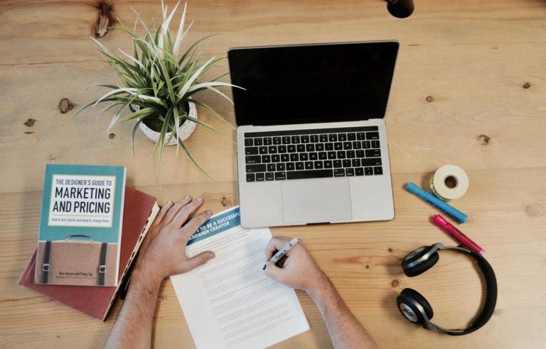 Korzyści dla firmy wynikające z zaprojektowania witryny internetowej