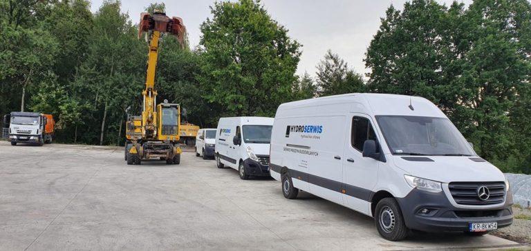 Serwisowanie i naprawa hydrauliki siłowej w maszynach