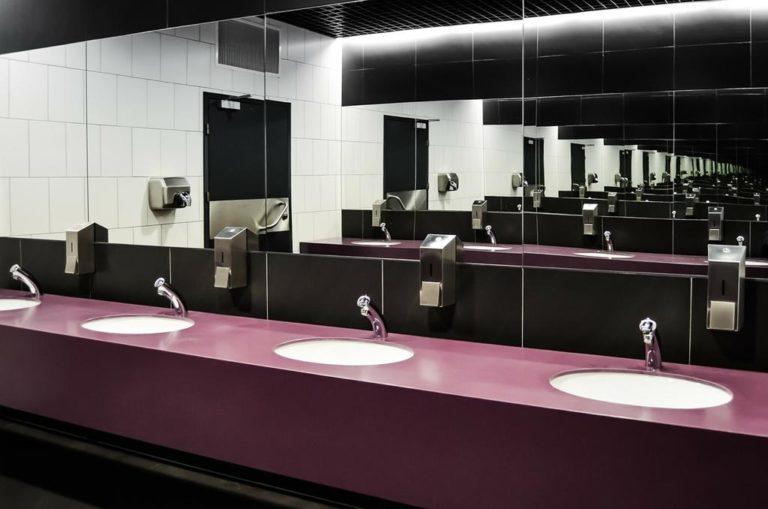 Dlaczego toaleta publiczne powinny być powszechnie dostępne w miastach