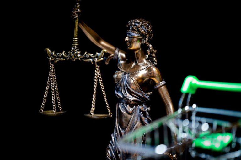 Jakie są wasze dotychczasowe doświadczenia z adwokatami?